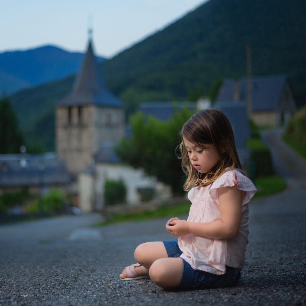 photo portrait enfant Hautes Pyrénées ©Terraphoto photographe portrait Pyrénées